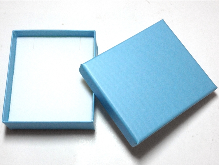 Robin Blue Pendant Box - Case of 100