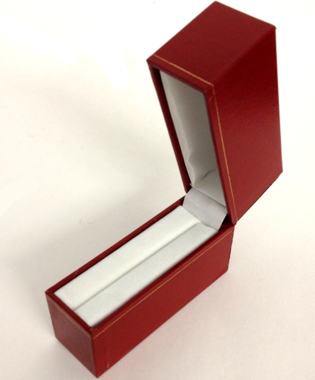 LW4 Red Cartier Style Standing Bangle Box