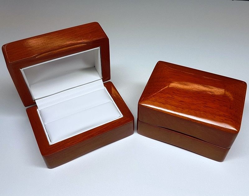 73502 Maple Double Ring Box