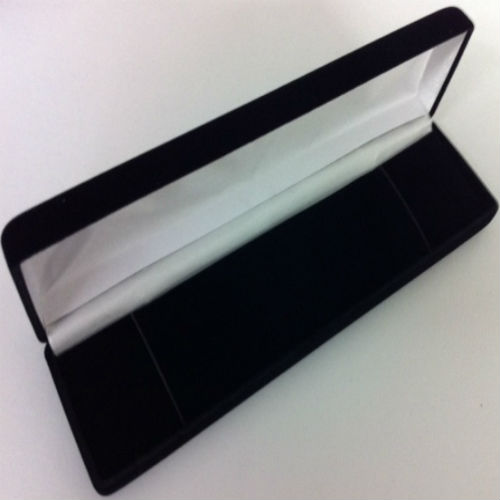 Black Plain Velvet Bracelet Box